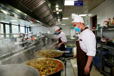 Tuyển đầu bếp, nấu bếp làm việc tại Hà Nội và HCM (T9/2018)